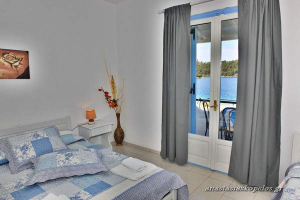 domatia skopelos studio rooms