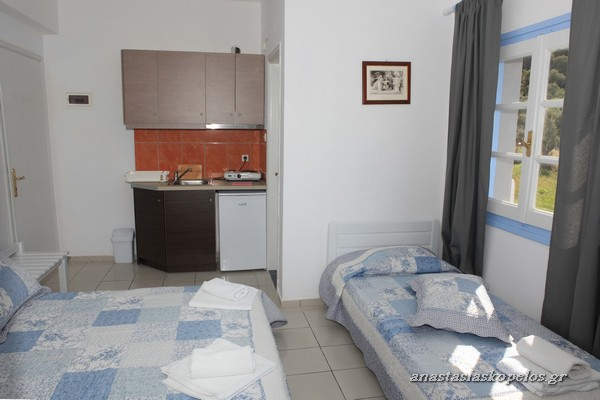 skopelos studios rooms